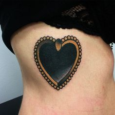 These heart tattoos are as dark as your soul. Funky Tattoos, 3d Tattoos, Girly Tattoos, Cover Up Tattoos, Sleeve Tattoos, Cool Tattoos, Tatoos, Black Heart Tattoos, Gorgeous Tattoos