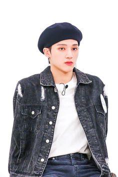 Jung Woo Young, Fandom, Kim Hongjoong, Kpop Guys, Hello Gorgeous, K Idols, Korean Boy Bands, Pop Group, Boyfriend Material