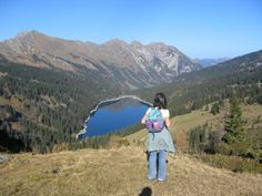 Above Arnensee near Gstaad. Beautiful Places In The World, Most Beautiful, Mountain Hiking, Switzerland, Places To Travel, Bern, Mountains, Nature, Naturaleza
