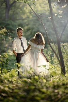 wedding photo  photo from http://www.cuded.com/2013/03/50-creative-ideas-of-wedding-photography/