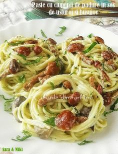 Paste cu ciuperci de padure in sos de usturoi si busuioc ~ Culorile din farfurie