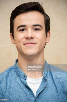 One of my favourite pics of Keean Johnson ❤️❤️ Keean Johnson, Loving U, Actors & Actresses, Battle, Handsome, Husband, Angel, Guys, Sons