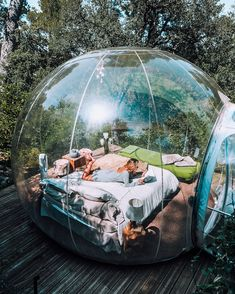 Would you try sleeping in a bubble? Attrap' Reves, Allauch, France 🇫🇷 Photo by ❇️ Good Vibes Shot ❇️ How To Transform Yourself: Into A Constant Goal-Setter And Positive Habit Maker In Order. Sleepover Room, Fun Sleepover Ideas, Sleepover Snacks, Summer Bucket, Summer Fun, Summer Things, Bubble Tent, Bubble House, Dream Dates