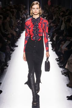 Hermès Fall 2017 Ready-To-Wear: Look 45. Model: Birgit Kos