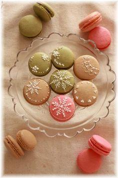Macarons snow flakes