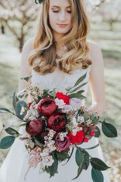 Burgundy peony wedding bouquet | Chloe Tanner Photography