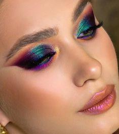 Makeup Eye Looks, Creative Makeup Looks, Eye Makeup Art, Glam Makeup, Skin Makeup, Eyeshadow Makeup, Beauty Makeup, Makeup Trends, Makeup Inspo