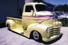 Wow! What'd he hit?! Love art on a truck!(Hot Rods - Boyd Coddington)