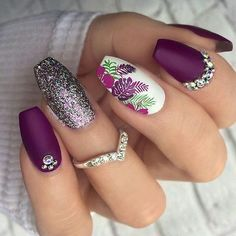 The most beautiful and attractive nail designs for women # nail # nailarts # naildesigns # summernai Spring Nail Art, Nail Designs Spring, Spring Nail Colors, Acrylic Nails For Spring, Classy Nail Art, Nail Art Designs Images, Rose Nail Art, Nagellack Trends, Flower Nail Art