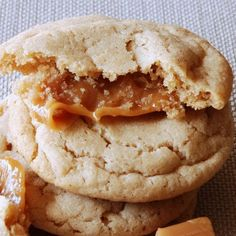 ThanksCaramel Stuffed Apple Cider Cookies!  Gotta love fall foods!  YUM! awesome pin