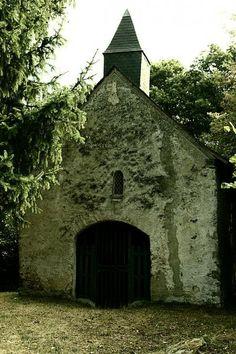 Saint pierre sur erve petite cite de caractere mayenne la chapelle saint sylvain