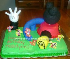 Mickey Mouse Clubhouse Cake: When I first decided to make this Mickey Mouse Clubhouse cake for my daughter's 2nd birthday, I was a bit nervous.  I am not exactly crafty.  But, I knew