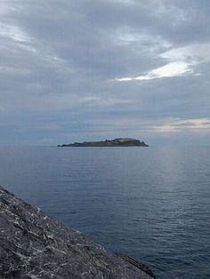 Vizcaya Isla de Ízaro vista desde Bermeo