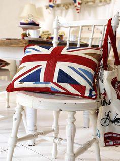 United Kingdom Flag Pillow