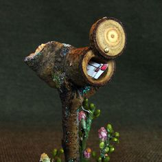 Dollhouse Garden Mailbox by Torisaur, via Flickr