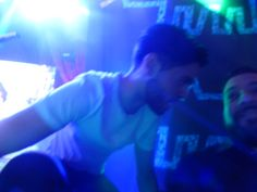 how close James was to us <3 <3