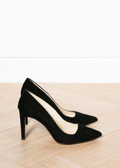 MINIMAL + CLASSIC: perfect black suede heels