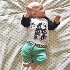 One Love✌️The cutest lil babe in our Stellar Love raglan. Raglans range in sizes 3M-8yrs. Thanks @camerinschroeder for sharing     Shop www.stellar-seven.com    #stellarseven #onelove #bobmarley #baby #babyootd #instababy #igkids #igbabies #babyfashion #kids #fashionkids