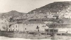 Los Astilleros y la trasera de la Ermita de San Telmo, sin identificar al fotografo, foto de 1864 - 1867, en el barrio de la Calle Mayor de Triana, en Las Palmas de Gran Canaria