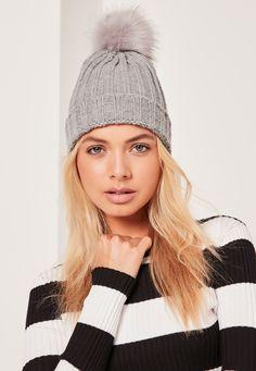 Missguided - Metallic Knit Faux Fur Pom Pom Beanie Hat Grey