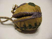 Walnut Purse Walnut Shell Crafts, Renaissance Garb, Vintage Purses, Tudor, Gnomes, Shells, Diy Crafts, Costume, Cleaning