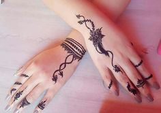 detailed mehndi design for hand Mehandi Design Henna Design# Mehandi Art Mehandi Art Henna Art Beautiful henna design by how lush the paste look like! Make the design so beautiful detailed mehndi design for hand Henna Tattoo Designs Simple, Latest Henna Designs, Finger Henna Designs, Henna Art Designs, Mehndi Designs For Girls, Mehndi Designs For Beginners, Modern Mehndi Designs, Mehndi Design Photos, Mehndi Designs For Fingers