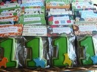 First birthday cookies for boy or girl.