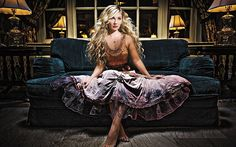 A great article in Cowgirl Magazine on Scarlett.  http://www.cowgirlmagazine.com/lifestyle/495-clare-bowen