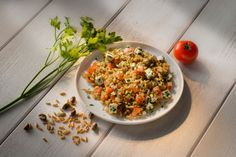 Salade de blé ancien, menthe fraîche, fêta et pistaches
