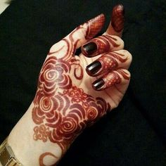 130 Simple and Easy Mehndi Designs For Hands Henna Hand Designs, Mehndi Designs Finger, Rose Mehndi Designs, Mehandi Design For Hand, Khafif Mehndi Design, Latest Henna Designs, Arabic Henna Designs, Mehndi Designs For Beginners, Mehndi Design Photos