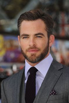 Chris Pine proves beards increase the Hollywood handsome factor.
