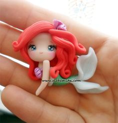 Ariel The Little Mermaid Polymer Clay, masa flexible, cold porcelain, masa francesa, porcelana fria - DIY @ Craft's Fimo Polymer Clay, Crea Fimo, Polymer Clay Projects, Polymer Clay Creations, Clay Crafts, Clay Figurine, Cute Clay, Ariel The Little Mermaid, Baby Ariel