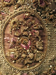aseefa n nabeel Zardosi Embroidery, Embroidery Motifs, Gold Embroidery, Embroidery Dress, Wedding Embroidery, Couture Embroidery, Embroidery Fashion, Bordados Tambour, Indian Embroidery Designs