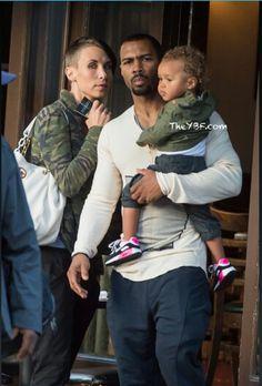 Omari Hardwick with his wife & daughter