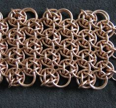Japanese Dragonscale M.A.I.L. - Maille Artisans International League - Article #chainmaille