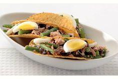 Kijk wat een lekker recept ik heb gevonden op Allerhande! Taco's met tonijnsalade