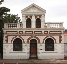 QueensTaven, 16 Stamford Hill Road, Durban…Oh wow….This was a find and many memories pre- Queens Tavern. News South Africa, Durban South Africa, Stamford Hill, City By The Sea, Kwazulu Natal, Holiday Places, Am Meer, My Land, Beautiful Buildings