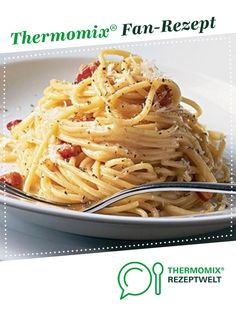 Spaghetti carbonara from A Thermomix ® recipe from the category other . - Spaghetti carbonara from A Thermomix ® recipe from the category other main dishes www. Spaghetti Carbonara Thermomix, Sauce Spaghetti, Spagetti Carbonara, Carbonara Sauce, Italian Recipes, Mexican Food Recipes, Ethnic Recipes, Pasta Recipes, Sauce Recipes