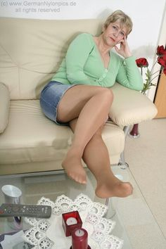 Long Mature Pantyhose 86
