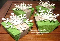 Blütenkelch mit Schneeflocke_Andrea Matzen
