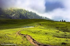 Pya Meadows, Naran Kaghan Valley Pakistan in a dramatic weather. Pakistan, Country Roads, Mountains, Nature, Travel, Naturaleza, Viajes, Trips, Off Grid