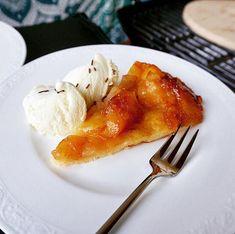 Tarte Tartin vom Grill – Very (iss)ima Tarte Tartin, Grill Dessert, Food Porn, Foodblogger, Link, Tableware, Desserts, Apple Tea Cake, Fruit