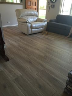 Aquaguard Laminate Flooring Reviews 1500 Trend Home