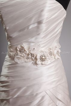 Ivory Bridal Sash, Silk Flowers and Lace, Rhinestone Bridal Belt, Wedding Sash - Desiree