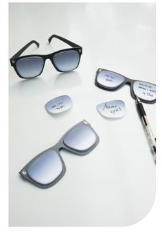 MochiThings.com: Sunglasses Sticky Note