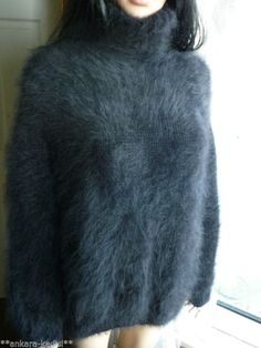 FABULOUS Fluffy Hand Knitted ANNY BLATT Pure Rabbit Fur Angora Sweater BLACK 44""