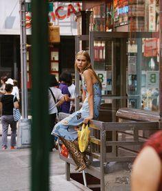 Creative Fashion Photography, Fashion Photography Poses, Fashion Photography Inspiration, Editorial Photography, Street Photography, Vogue Photography, Fashion Shoot, Editorial Fashion, Love Fashion