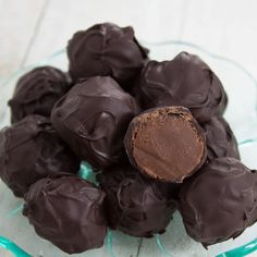 Treat yourself or someone special with these delicious, indulgent hand rolled coffee truffles by Recipe Made Easy