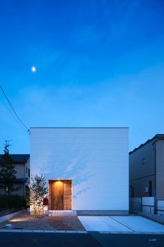 Hoccori - Back Landscape Architecture Design, Minimalist Architecture, Light Architecture, Japanese Home Design, Japanese House, Facade Design, Exterior Design, Japan Modern House, Small House Exteriors