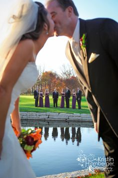 Golf Course Juliet Bill: The Bridgewater Club! Love pictures on the golf course. Golf Wedding, Wedding Pictures, Dream Wedding, Destination Wedding, Purple Wedding, Wedding Bells, Wedding Colors, Wedding Cakes, Golf Photography
